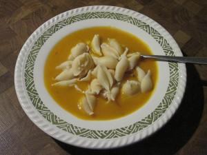 Kürbiscreme-Suppe mit Muscheln 1